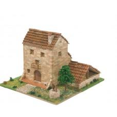 Bouwpakket Traditioneel Zuid- Europees Huis met Waterput- Steen